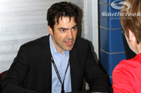 2010.11.12 - Actor Ron Livingston